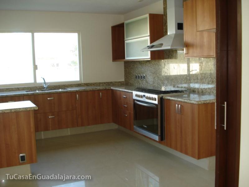 Cocinas de casas en guadalajara zapopan y tlajomulco for Gabinetes para cocina integral